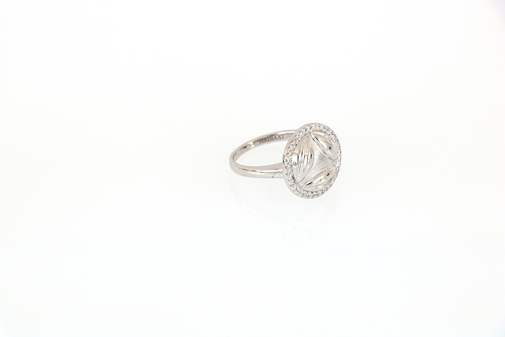 Al Awsaj White Gold with Diamonds Ring 2