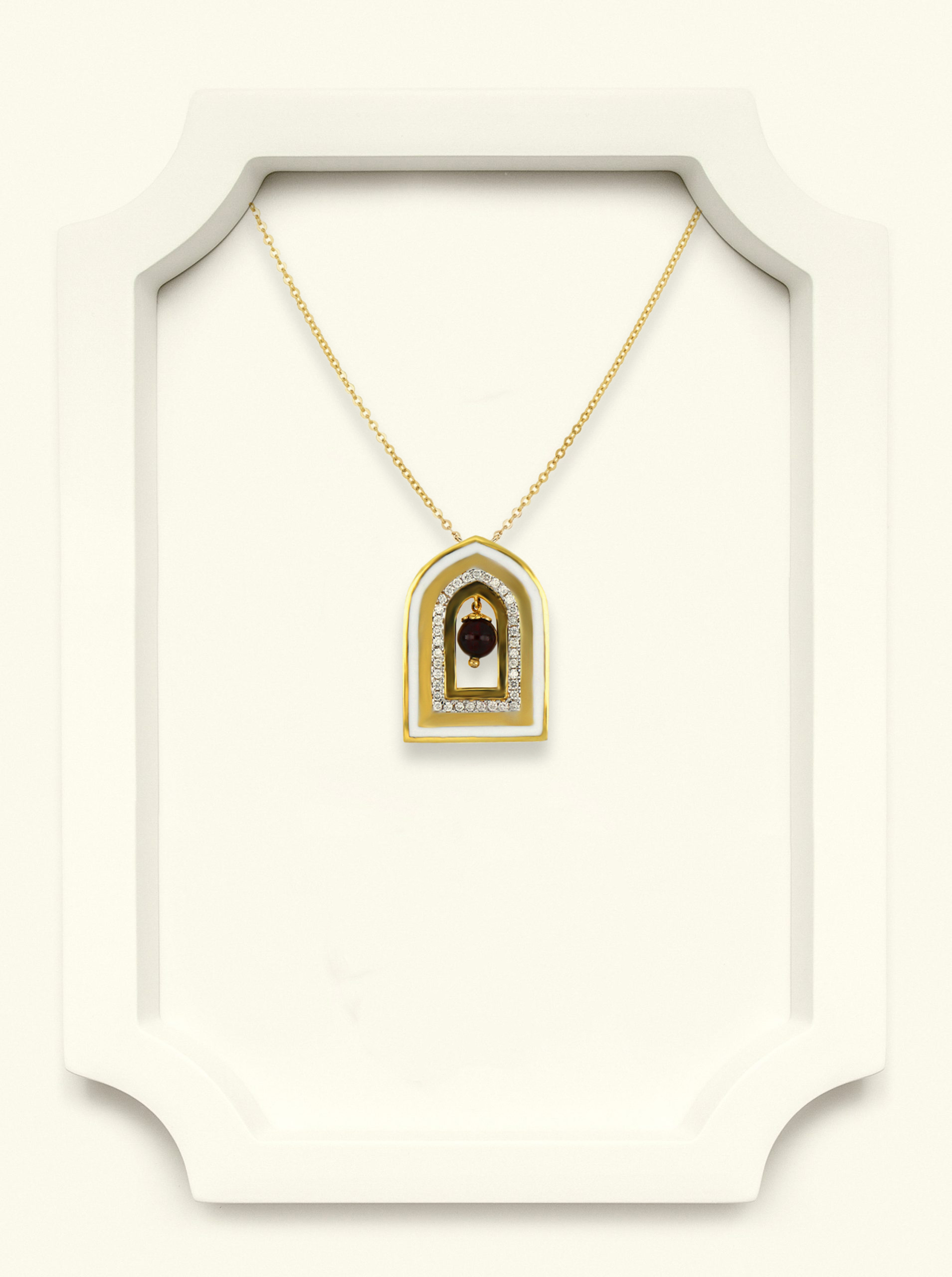 National day pendant
